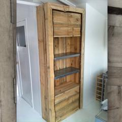 Beachhouse Closet